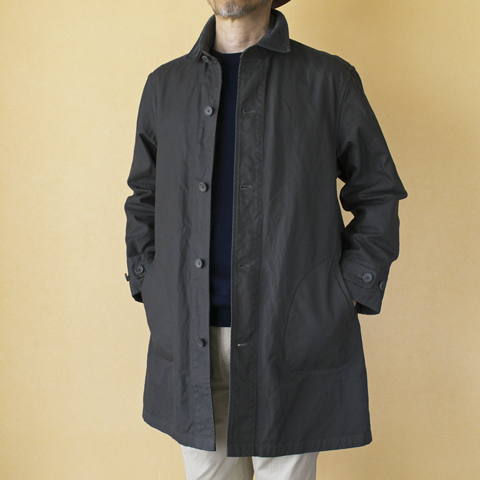 coat : Manual Alphabet マニュアルアルファベット O/D DRILL SHIRT COAT knit : BETTER ベター メリノウールクルーニット pant : Manual Alphabet マニュアルアルファベット VENTILE GEAR® トラウザース